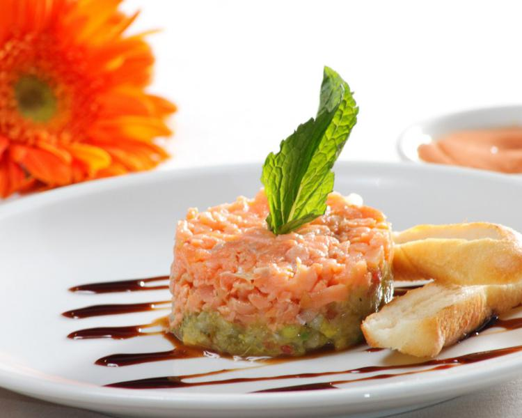 EXQUISITE DISHES ESTELAR Altamira Hotel