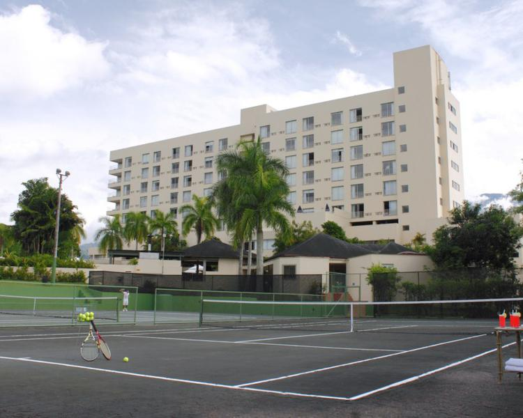 TENNIS COURT ESTELAR Altamira Hotel Ibague