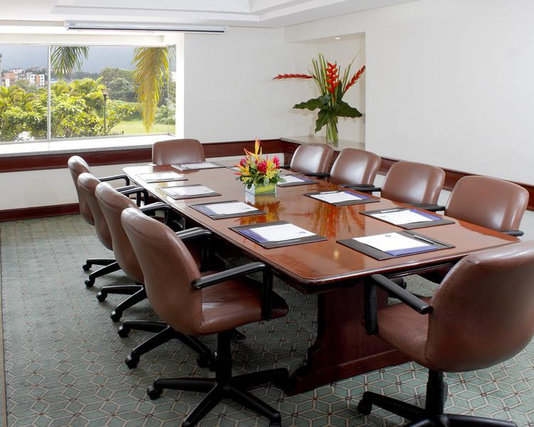 CAMBULOS MEETING ROOM ESTELAR Altamira Hotel